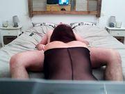 Sexe à la maison avec une superbe femme mature